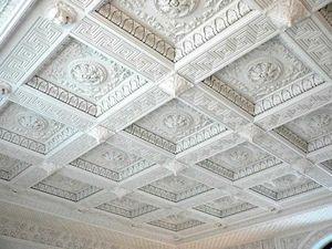 Кессонный потолок их полиуретана