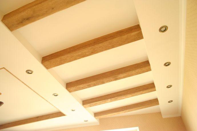 Простейшее расположение балок на потолке