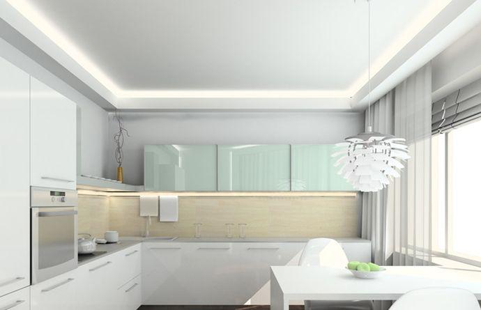 Белоснежный потолок с подсветкой