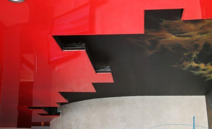 Эффектный натяжной потолок