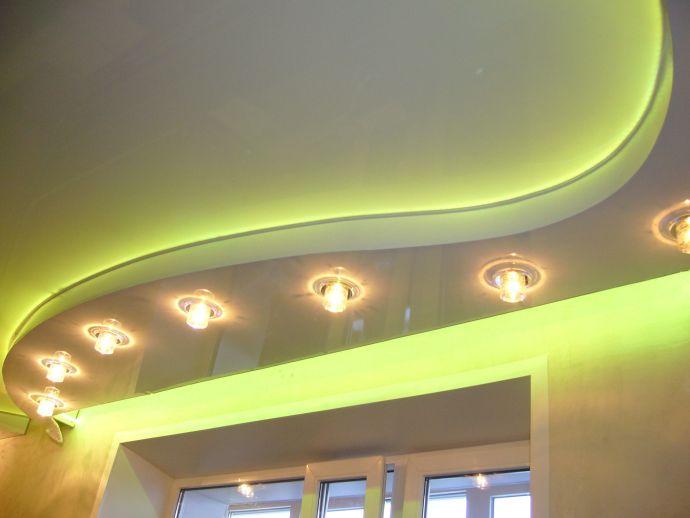 Многоуровневый криволинейный потолок