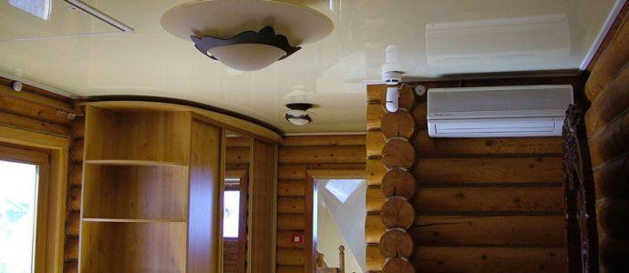Потолок натяжной в деревянном доме