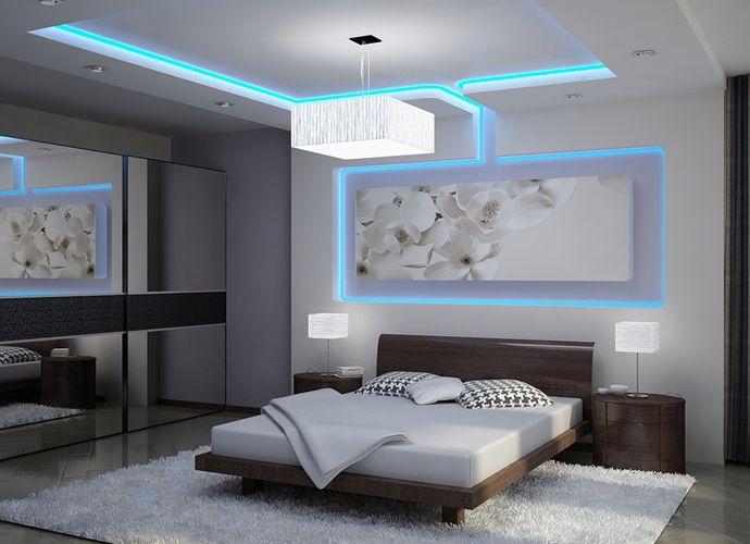 Гипсокартонный потолок с подсветкой в спальне