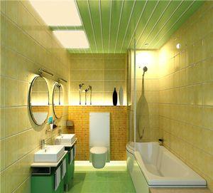 Потолок с ПВХ панелями в ванной комнате